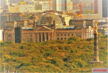 A view of the Reichstag and Victory Column.