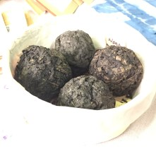 Woad balls from http://www.mulberrydyer.co.uk