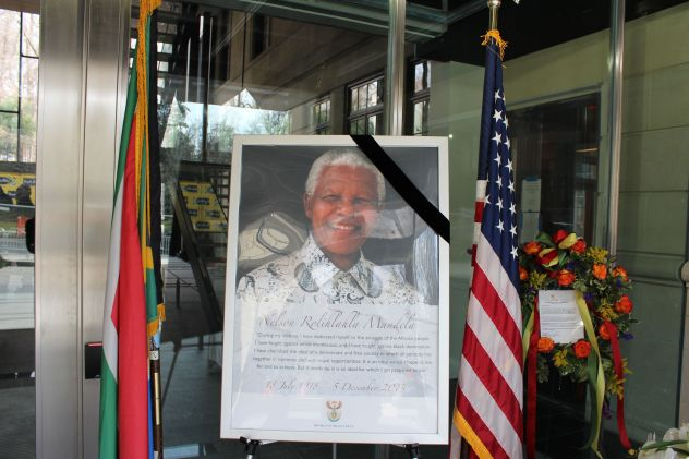 A tribute to Madiba at the South African Embassy.