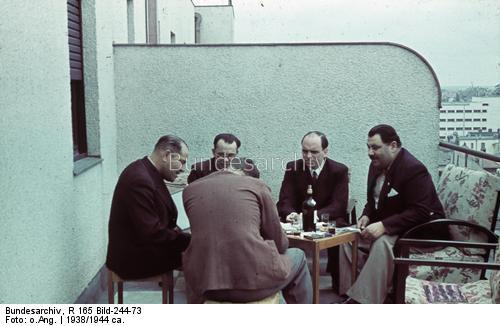 dr. Robert Ritter şi voievodul ţiganilor din Bucureşti Gheorghe Niculescu