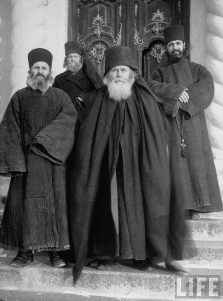 Călugări din Basarabia în 1940