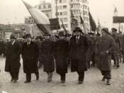 1945 - Nicolae Ceauşescu la marşul comuniştilor din Bucureşti din 6 martie 1945 Fototeca online a comunismului românesc cota 6-1945