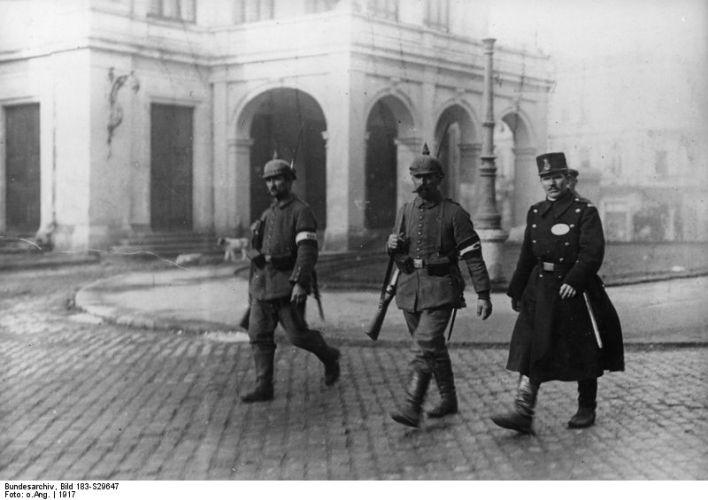 Cum au rezolvat germanii problema câinilor vagabonzi din Bucureşti