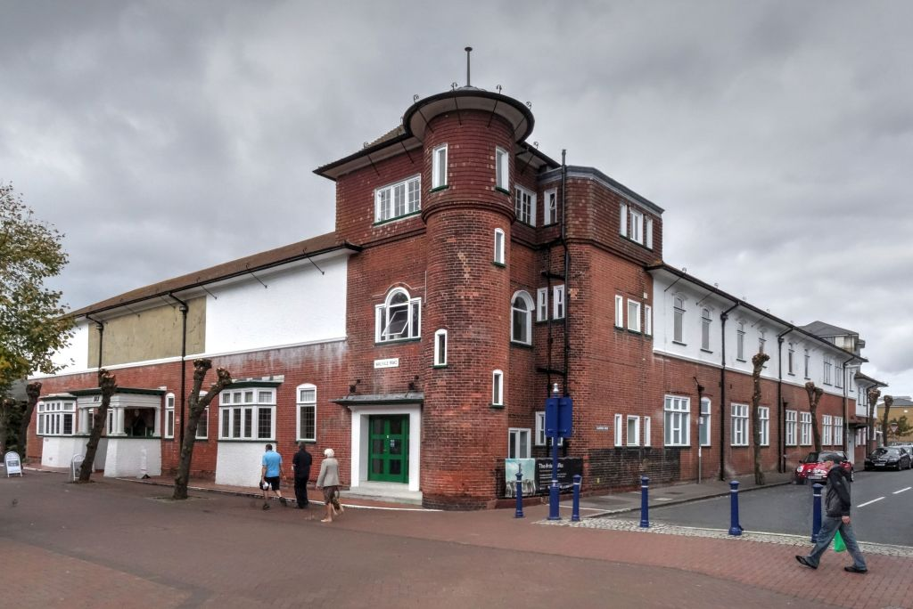 Gosport library building in 2014