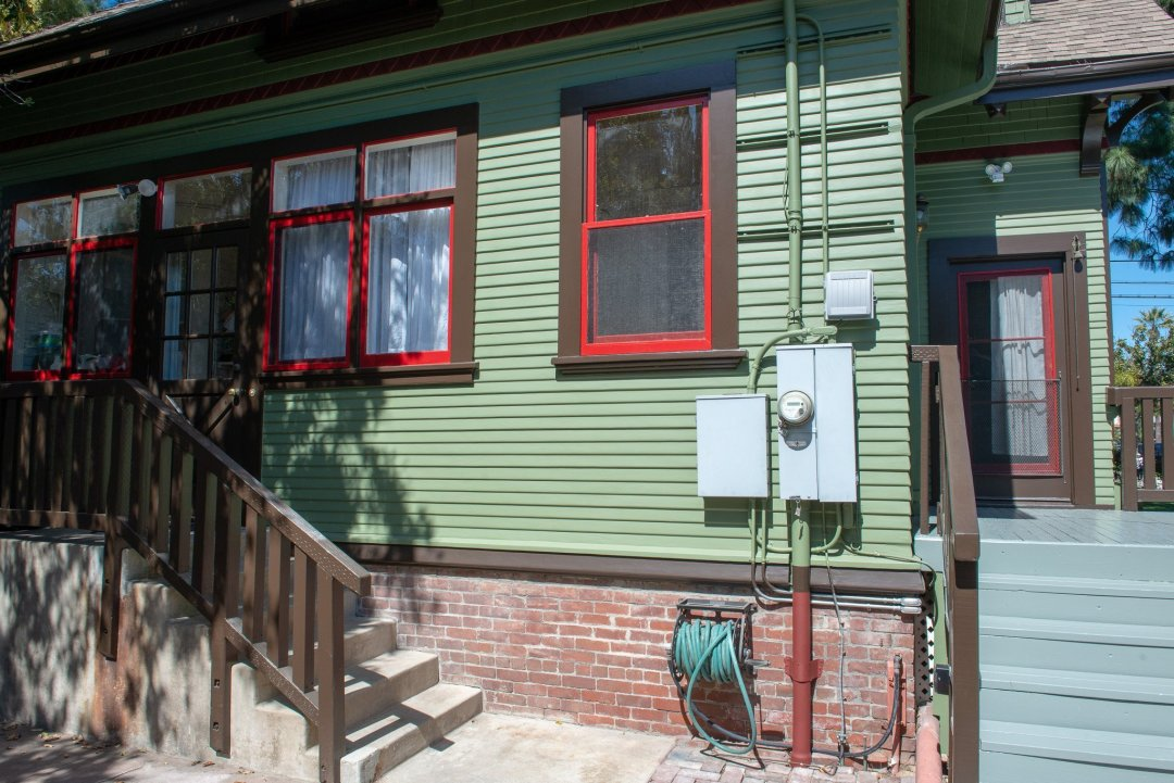 Back doors at the Historic Harris House showing newer 200A electrical service.