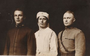 Rogers and her brothers Edward and Holcombe during WWI. Photo courtesy Susan Rogers MacAuley