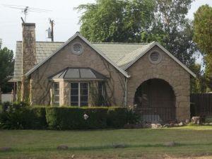 Stone English Cottage In Yaple Park Phoenix