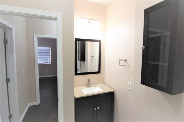 bathroom,vanity,remodeled,garfield,1920s,home,historic,district,814 n 9th st,phoenix,home,district