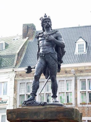 Standbeeld van Ambiorix in Tongeren