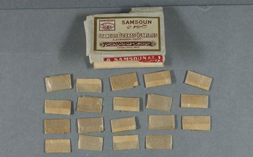 De zakjes heroïne - Foto's: National Archives[
