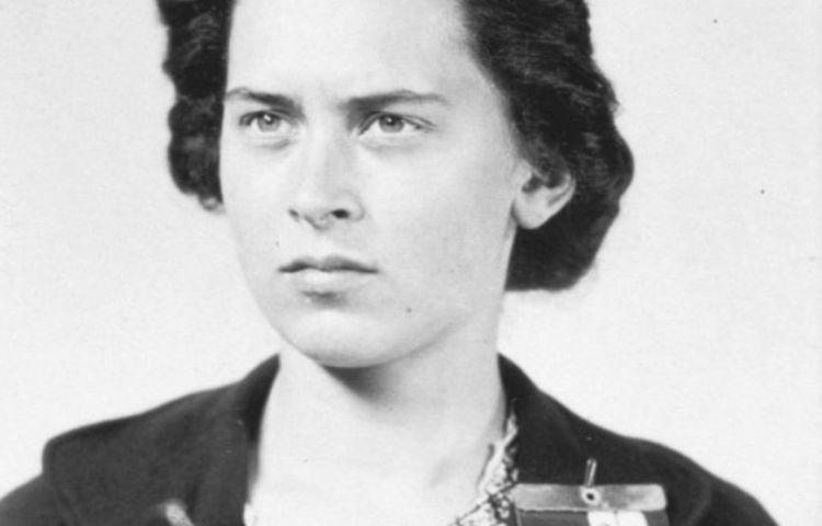 Reina Prinsen Geerligs (1922-1943) - Schrijfster en verzetsvrouw (NIOD)