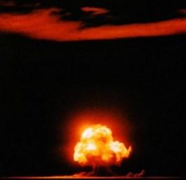 Trinity Test - De Amerikanen testen de atoombom