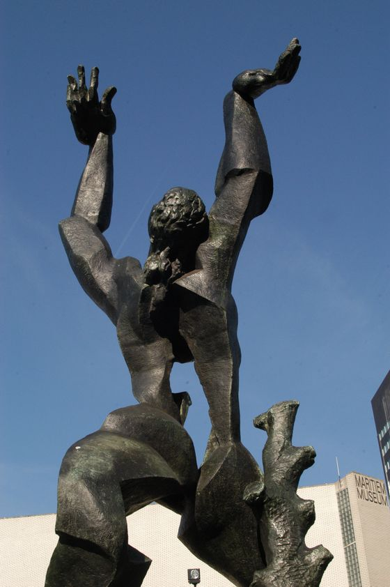 'De Verwoest Stad' van Ossip Zadkine