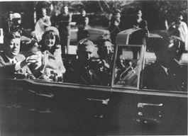 Foto die kort voor de aanslag op John F. Kennedy werd genomen