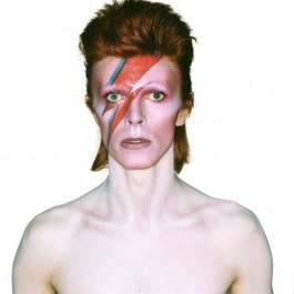 Foto die gemaakt werd voor de Bowie-albumcover 'Aladdin Sane' - Foto: Brian Duffy (© The David Bowie Archive)