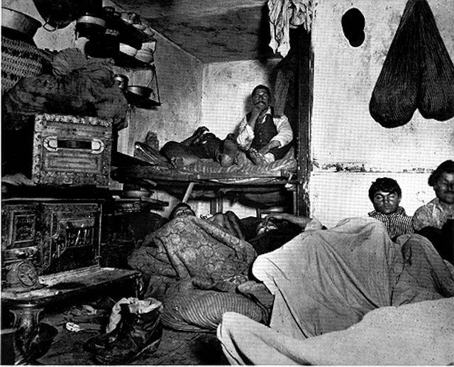 Veel immigranten werden het slachtoffer van huisjesmelkers - Foto: Jacob Riis