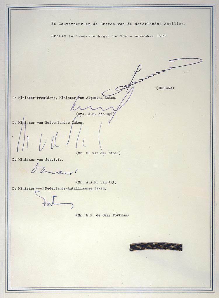 Onafhankelijkheidsverklaring van Suriname, 1975 - Nationaal Archief