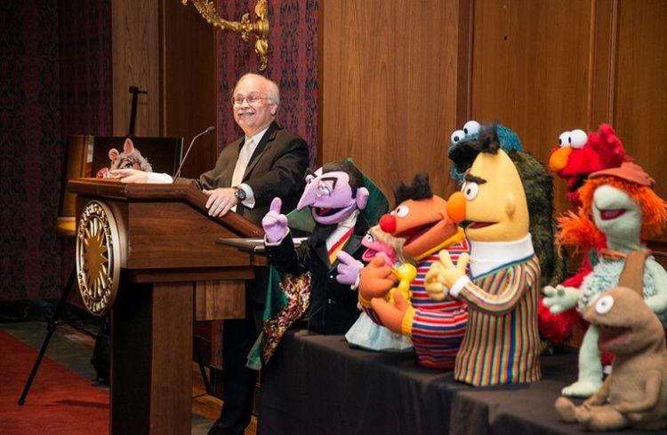 De Muppets werden dinsdag overgedragen aan het museum - Foto: CC/Smithsonian