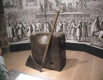 Hakblok in een museum in Londen - Foto: CC