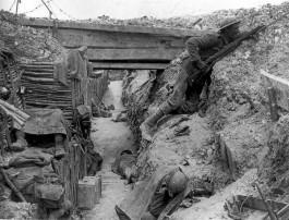 Foto van een willekeurige loopgraaf uit de Eerste Wereldoorlog
