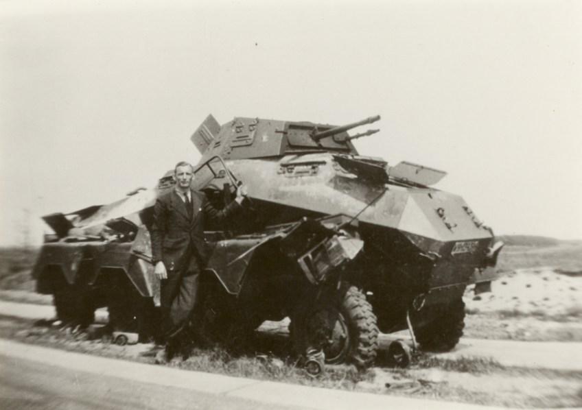 Aan het Maas-Waal kanaal door 4,7 cm pag stukgeschoten Sd.Kfz 231 (foto: zuidfront-holland1940
