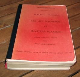 De eerste - gestencilde - herdruk van 'Een ligt schijnende in duistere plaatsen' van 'Jan en Adriaan Koerbagh' werd in 1974 in 50 exemplaren uitgebracht door de Vlaming Hubert Vandenbossche, die stellig geloofde dat broer Johannes aan het boek had meegewerkt.