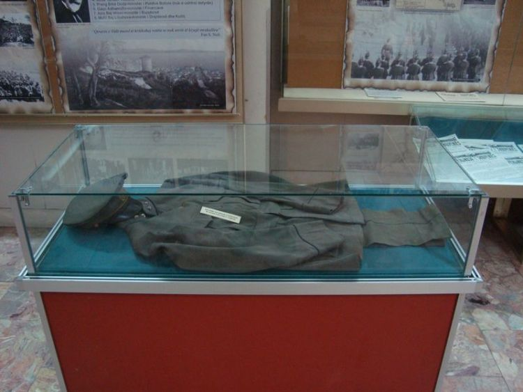 Uniform Thomson in Nationaal Museum Albanië