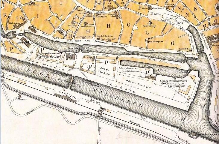 Plattegrond van Middelburg uit 1887 met het Prins Hendrik droogdok, het Entrepot, de Kleine Werf, het werfterrein en de scheepstimmerwwrven van de MCC, overigens kort voordat het bedrijf zou verdwijnen.