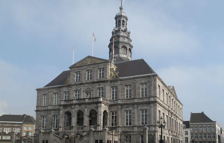 Stadhuis van Maastricht (cc - Michielverbeek)
