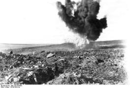 Exploderende granaat tijdens de Slag om Verdun - Bundesarchiv