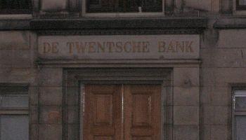 Gevelsteen Twentsche Bank, Scheffersplein, Dordrecht