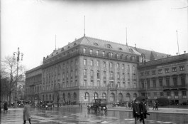 Hotel Adlon in 1926 - cc