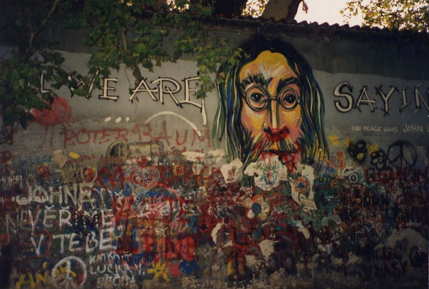Lennon Wall in 1993 - cc