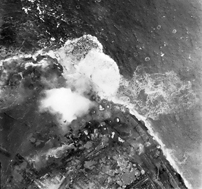 Walcheren, bombardement 3 november 1944 - cc