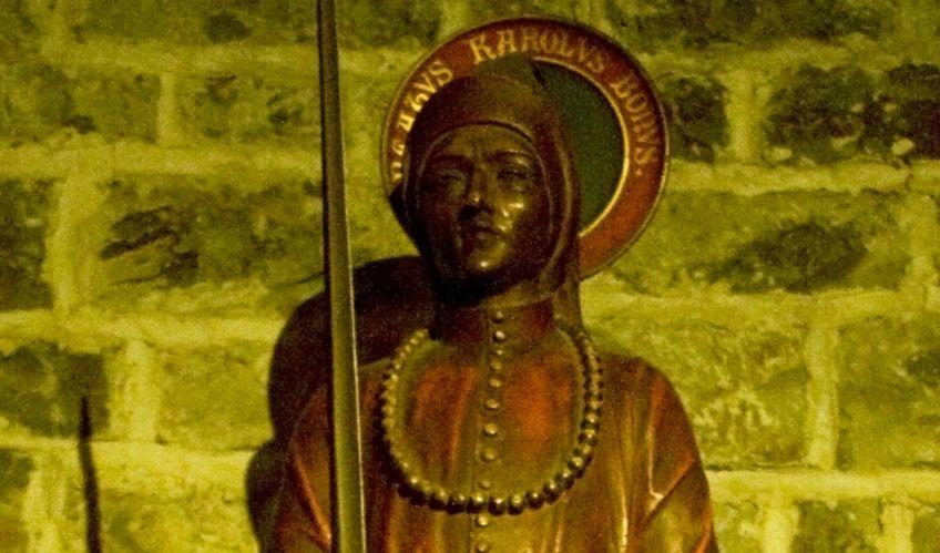 Beeld van Karel de Goede in de basiliek van het Heilig Bloed te Brugge - cc