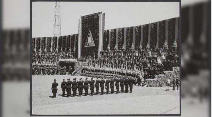 Bijeenkomst van de NSB in Den Haag, 1941 (Gahetna)