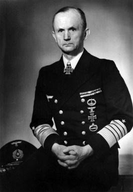 De Duitse marinecommandant Karl Dönitz
