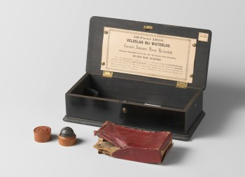 Kistje met herinneringsstukken van Cornelis Johannes Krayenhoff, ca. 1815-1865 (Rijksmuseum Amsterdam)