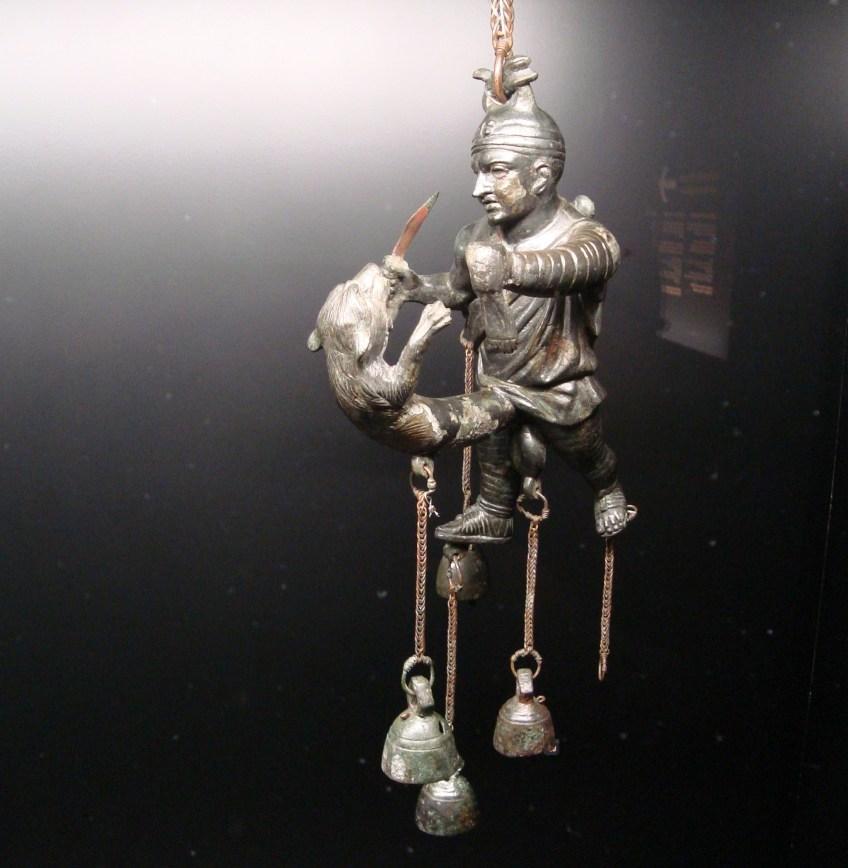Tintinnabulum in de vorm van een gladiator uit Ercolano (© E. Ruis)
