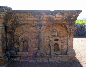 Taxila-Sirkap: Boeddhistische stupa met korinthische pilasters.