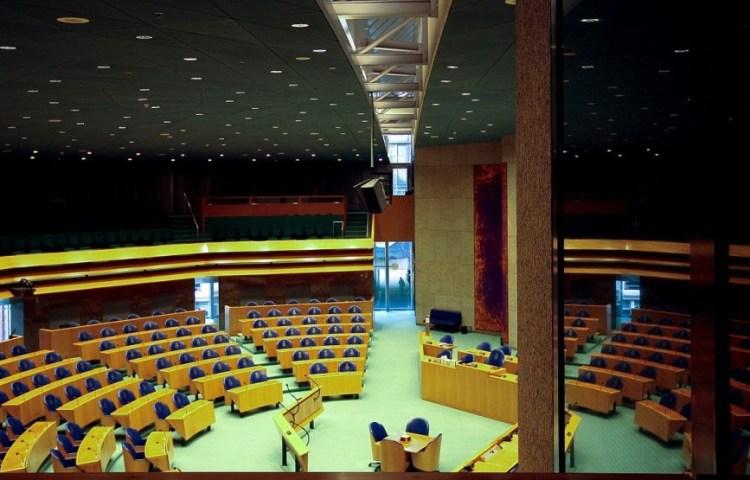 Algemene Politieke Beschouwingen - Huidige plenaire zaal van de Tweede Kamer (cc - Risastla)