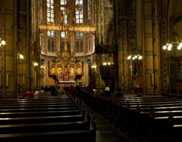Interieur van de Sint-Willibrordkerk in Utrecht - cc