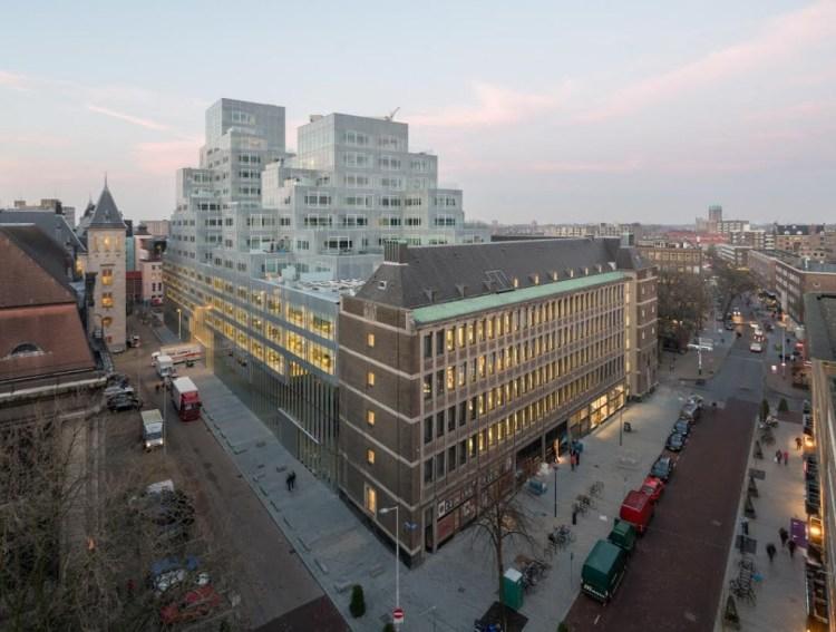 Timmerhuis hoek Meent en Rodezand ©Ossip Architectuurfotografie