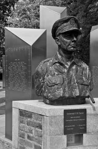 Borstbeeld van generaal Simon Spoor