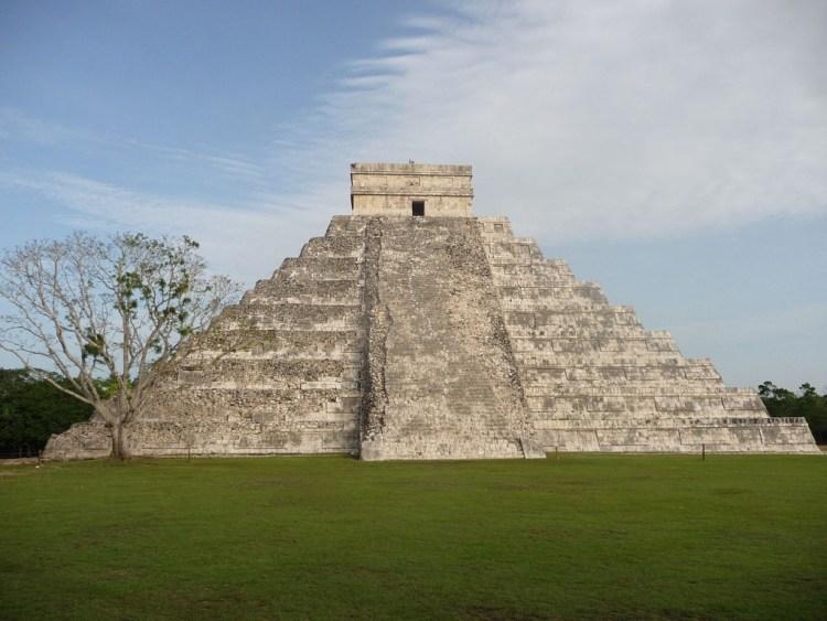 Maya-bouwwerk El Castillo - cc