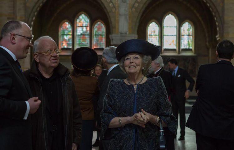Gerestaureerde Sint Bavo bezocht door prinses Beatrix