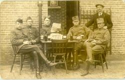 Gemobiliseerde soldaten in St. Oedenrode, Kerkstraat, 1914. Bron: thuisinbrabant.nl