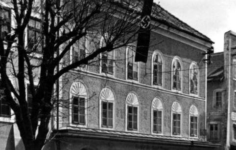 Geboortehuis van Adolf Hitler in 1934 - cc