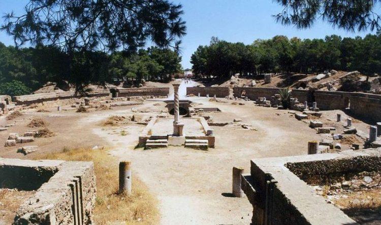 Ruïnes van het amfitheater van Carthago - cc