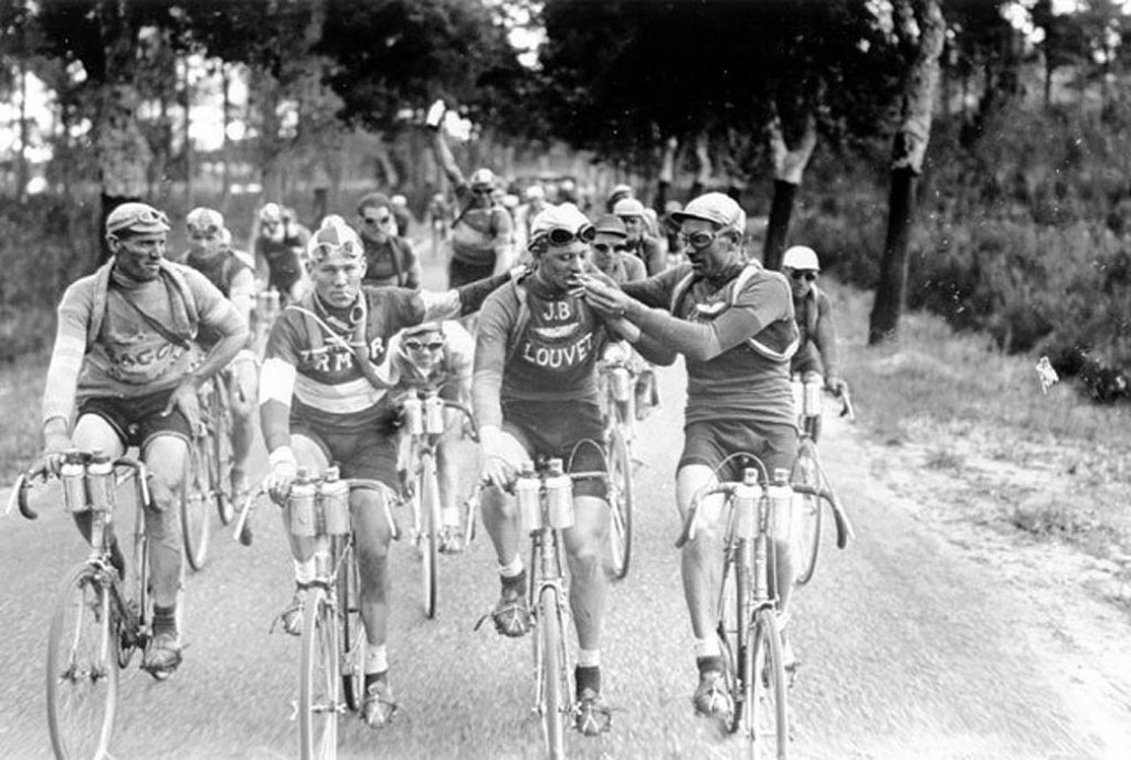 Sigaretjes roken in de Tour de France (1927)